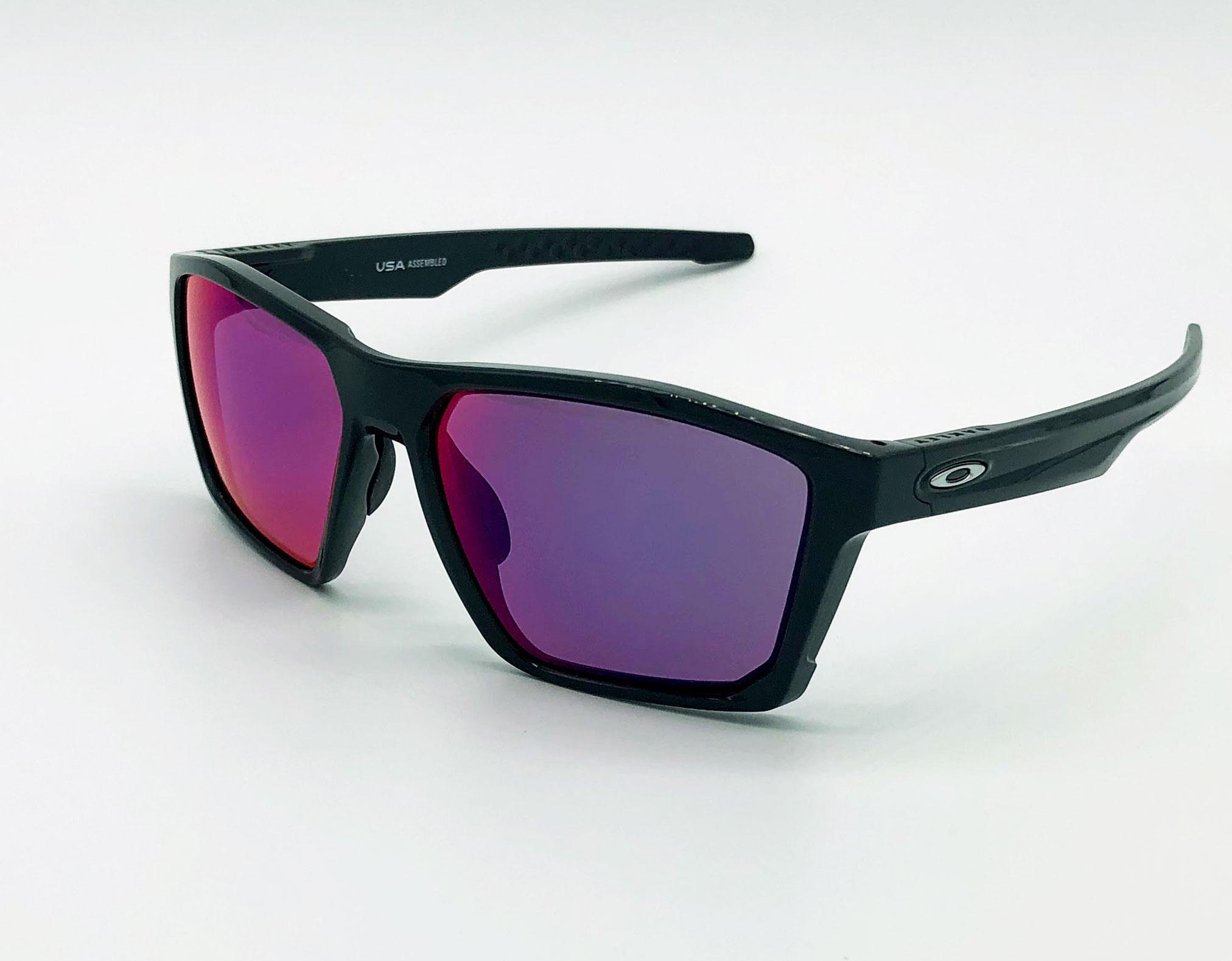 Ulleres de sol Oakley 2020 Carbon 939704 Natural Optics Optica l'Esguard Amposta